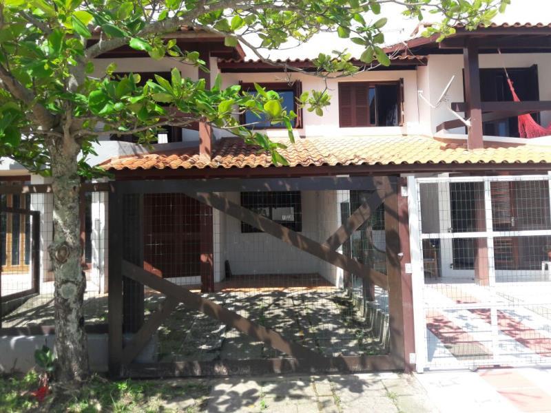 Sobrado Código 117 para Temporada no bairro Centro na cidade de Garopaba