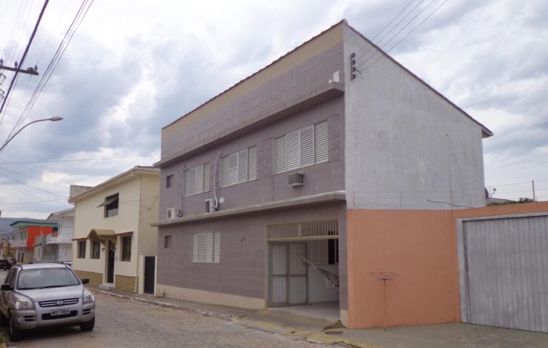 Casa-Codigo-179-para-Temporada--no-bairro-Centro-na-cidade-de-Garopaba