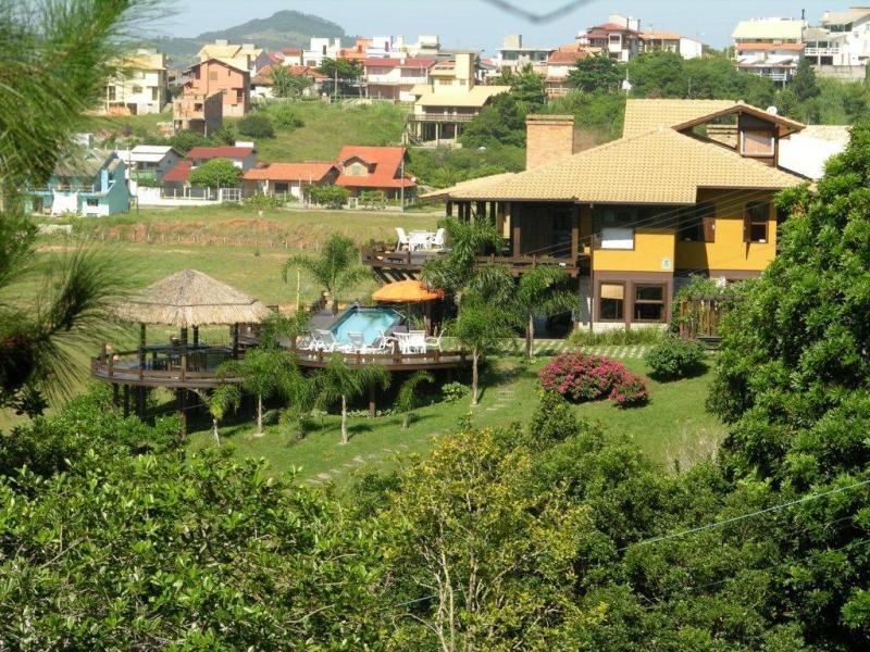 Casa-Codigo-74-para-Venda--no-bairro-Ferraz-na-cidade-de-Garopaba