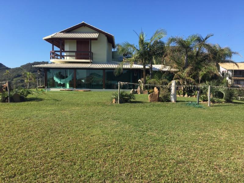 Casa-Codigo-223-para-Venda--no-bairro-Areias do Macacu-na-cidade-de-Garopaba