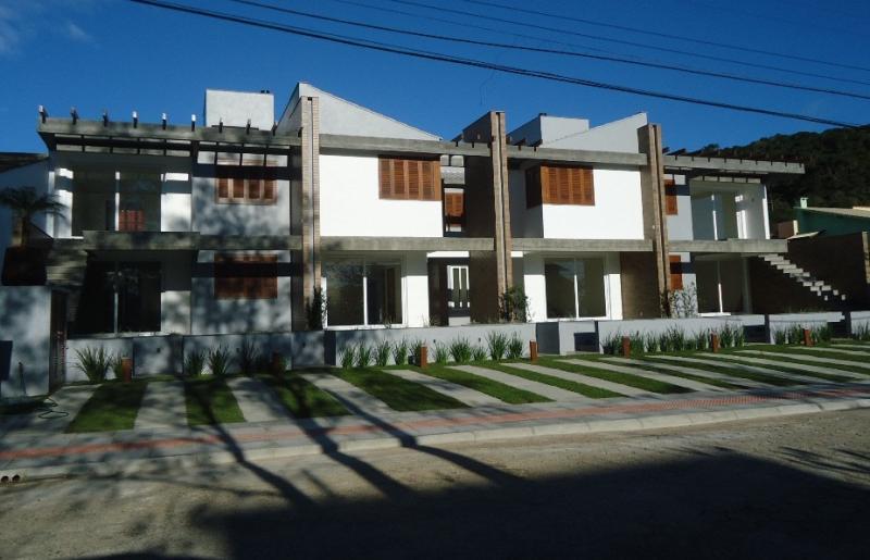 Apartamento Código 232 para Temporada no bairro Morrinhos na cidade de Garopaba