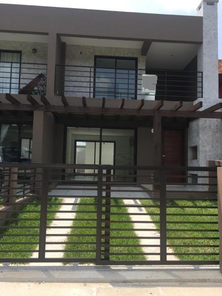 Casa-Codigo-525-para-Venda--no-bairro-Quinta dos Açores-na-cidade-de-Garopaba