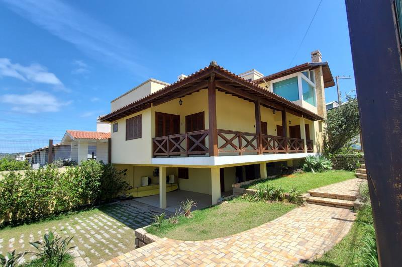 Casa Código 39 para Temporada no bairro Morrinhos na cidade de Garopaba