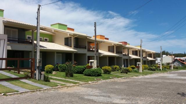 Sobrado Código 617 para Temporada no bairro Morrinhos na cidade de Garopaba
