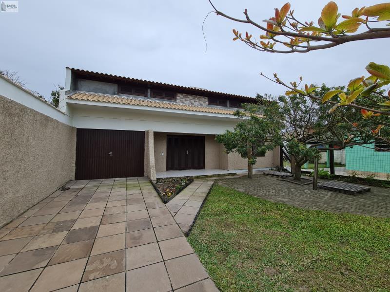 Casa Código 844 para alugar no bairro ZONA NOVA na cidade de Tramandaí