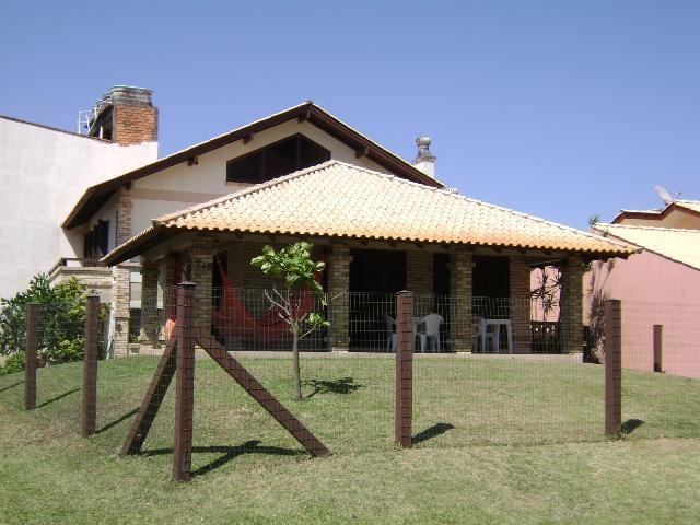Casa Código 2538 para alugar no bairro CENTRO na cidade de Tramandaí
