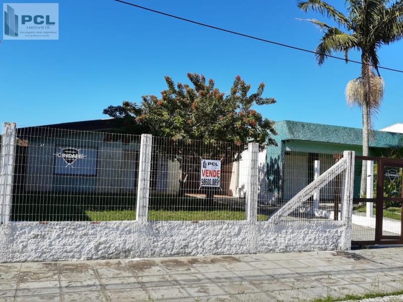 Casa Código 9736 a Venda no bairro ZONA NOVA na cidade de Tramandaí