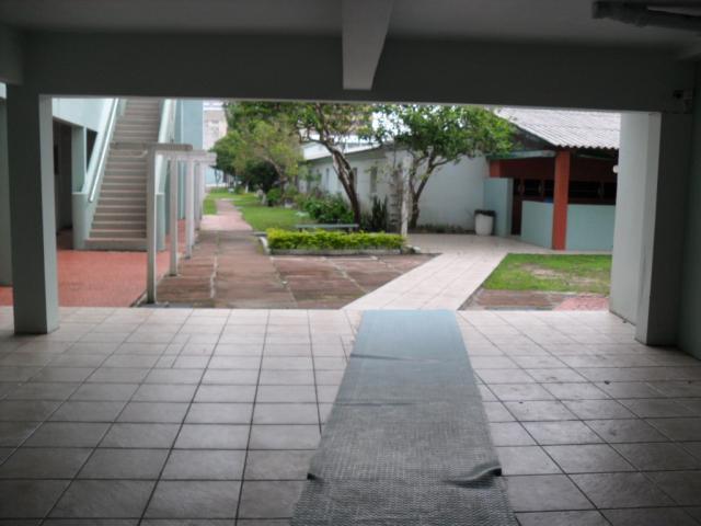 Entrada , Frente Av. da Igreja