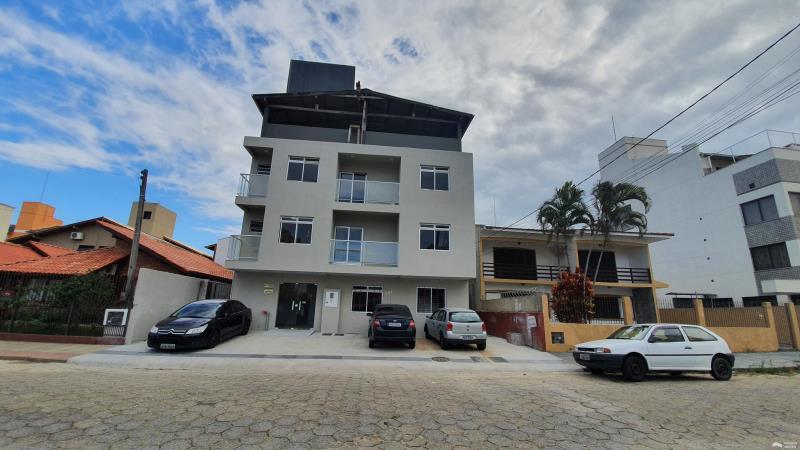 Apartamento Código 31Aluguel Anual no bairro Canasvieiras na cidade de Florianópolis