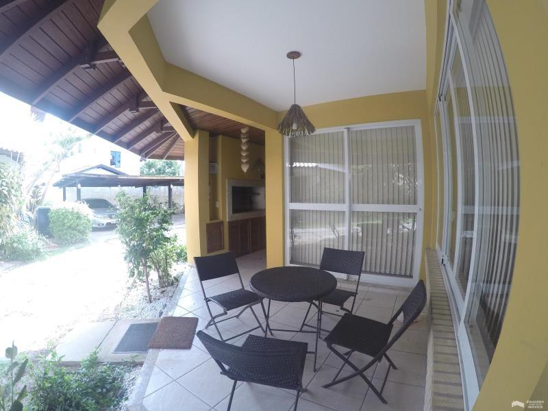Casa Código 86Temporada no bairro Cachoeira do Bom Jesus na cidade de Florianópolis