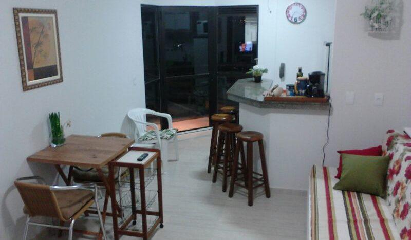 Apartamento Código 107Temporada no bairro Cachoeira do Bom Jesus na cidade de Florianópolis