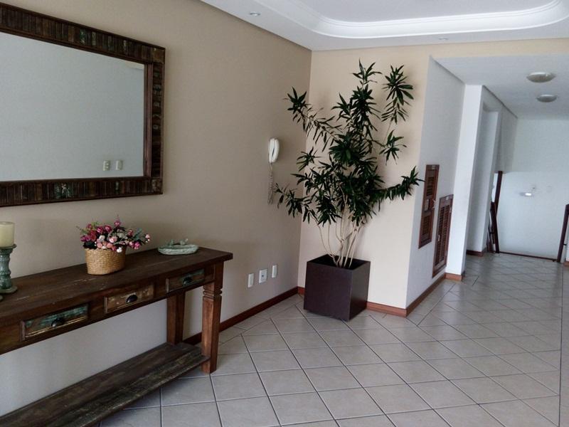 Apartamento Código 112Temporada no bairro Cachoeira do Bom Jesus na cidade de Florianópolis