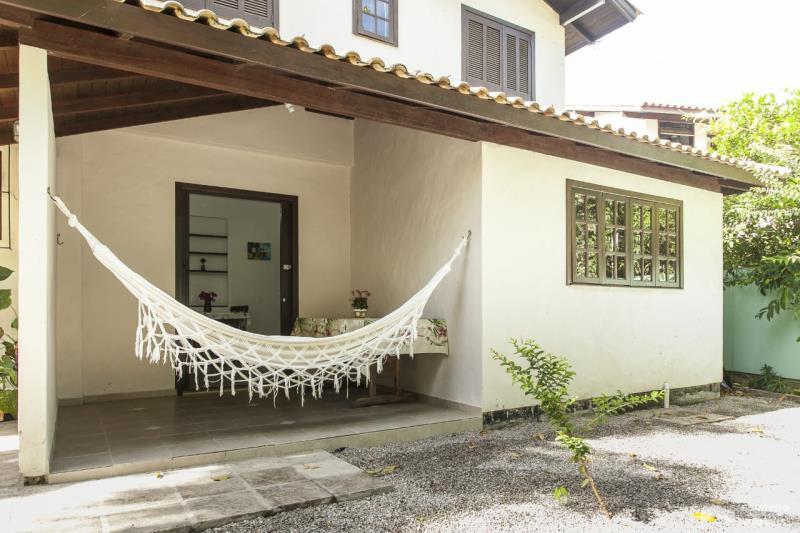 Apartamento Código 156Temporada no bairro Cachoeira do Bom Jesus na cidade de Florianópolis