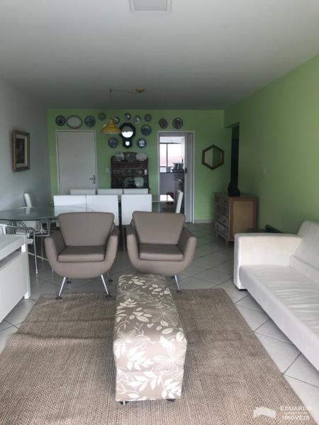 Apartamento Código 167Temporada no bairro Ponta das  Canas na cidade de Florianópolis