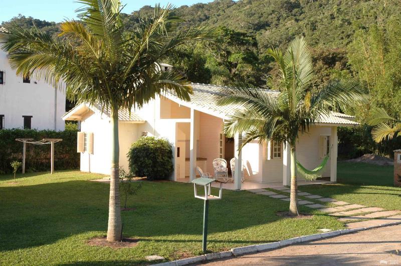 Casa Código 170Temporada no bairro Cachoeira do Bom Jesus na cidade de Florianópolis