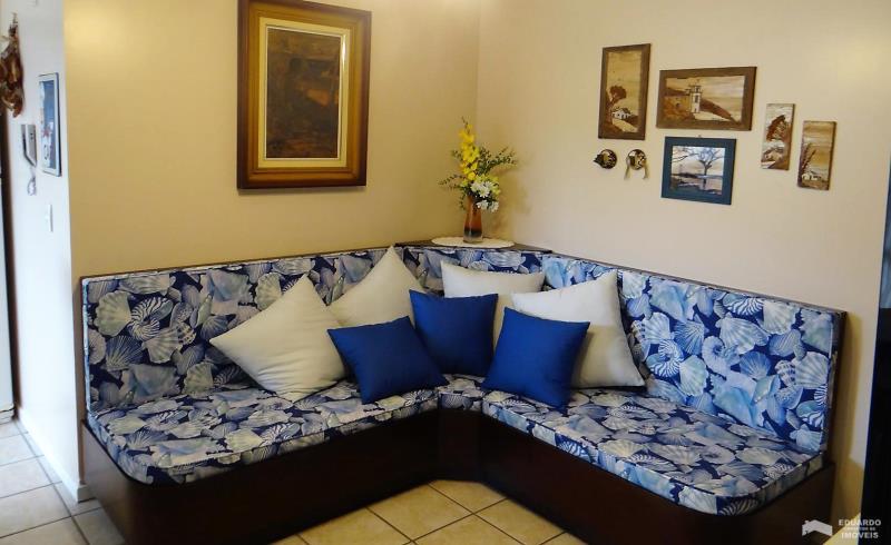 Apartamento Código 174Temporada no bairro Cachoeira do Bom Jesus na cidade de Florianópolis