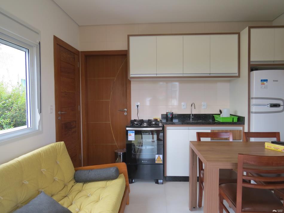 Apartamento Código 189Temporada no bairro Cachoeira do Bom Jesus na cidade de Florianópolis