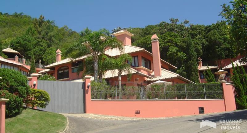 Apartamento Código 207Temporada no bairro Ponta das  Canas na cidade de Florianópolis