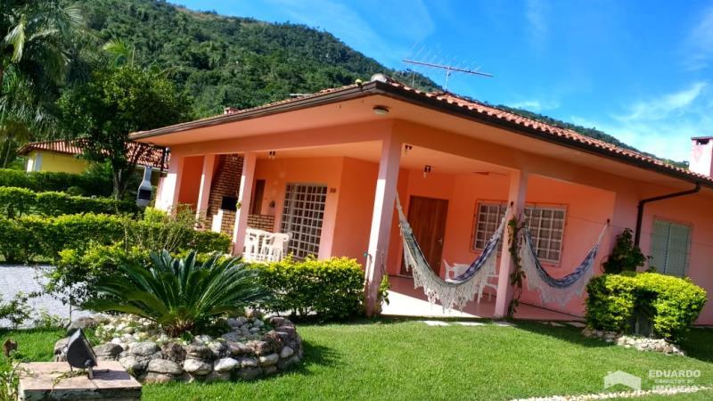 Casa Código 226Temporada no bairro Cachoeira do Bom Jesus na cidade de Florianópolis