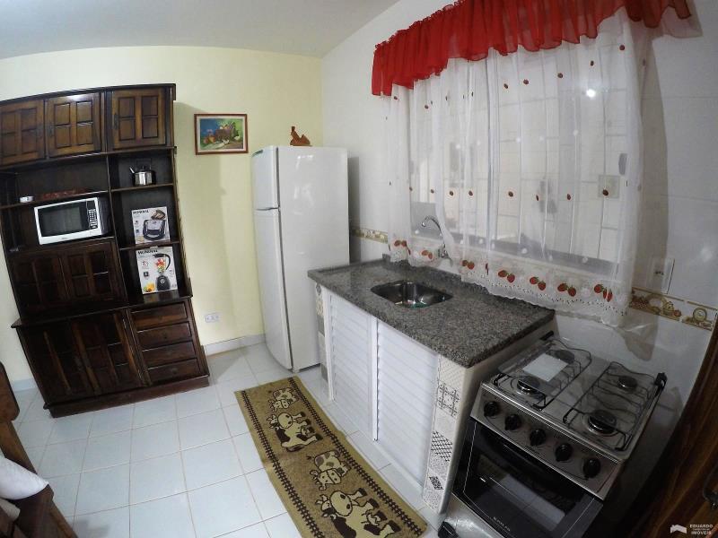 Apartamento Código 227Temporada no bairro Cachoeira do Bom Jesus na cidade de Florianópolis