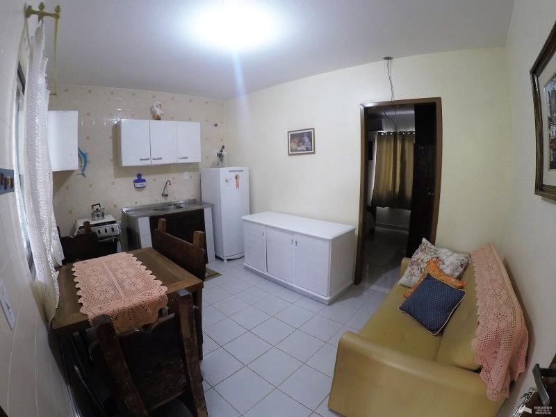 Apartamento Código 228Temporada no bairro Cachoeira do Bom Jesus na cidade de Florianópolis