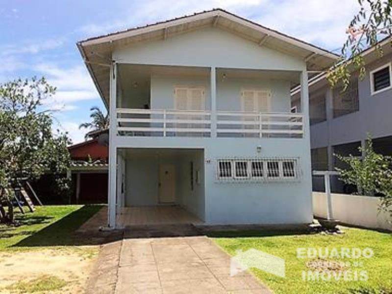 Casa Código 236Temporada no bairro Cachoeira do Bom Jesus na cidade de Florianópolis