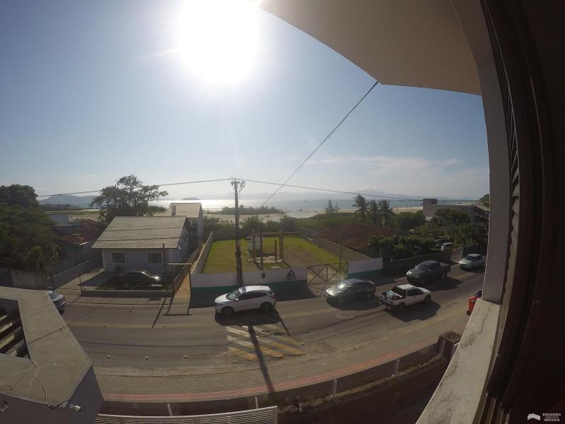 Apartamento Código 241Temporada no bairro Cachoeira do Bom Jesus na cidade de Florianópolis