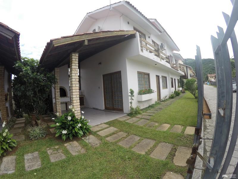 Apartamento Código 248Temporada no bairro Cachoeira do Bom Jesus na cidade de Florianópolis