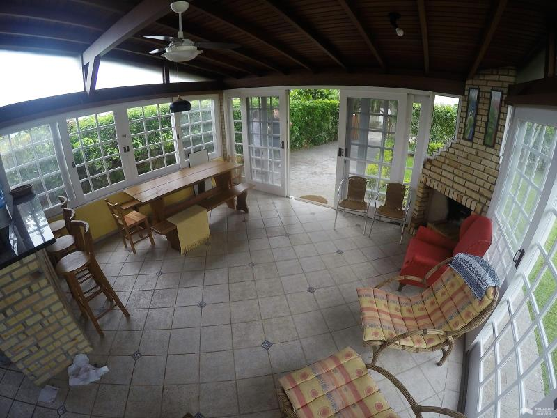 Casa Código 251Temporada no bairro Cachoeira do Bom Jesus na cidade de Florianópolis