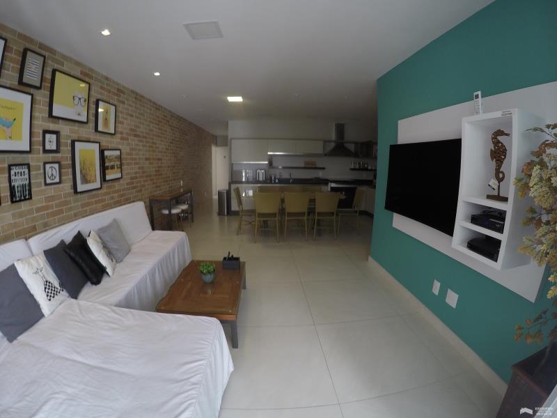 Apartamento Código 292Venda e Temporada no bairro Cachoeira do Bom Jesus na cidade de Florianópolis