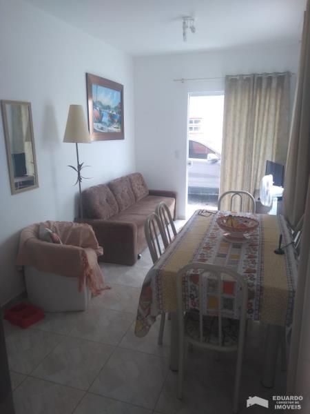 Apartamento Código 341Temporada no bairro Cachoeira do Bom Jesus na cidade de Florianópolis