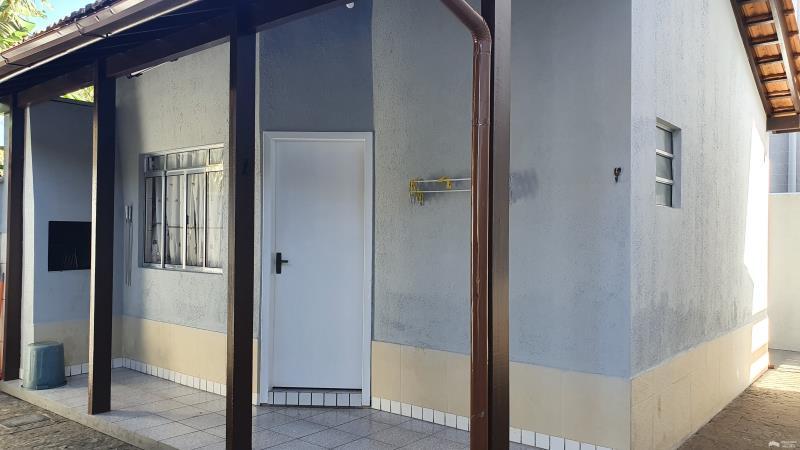 Apartamento Código 403Aluguel Anual no bairro Cachoeira do Bom Jesus na cidade de Florianópolis