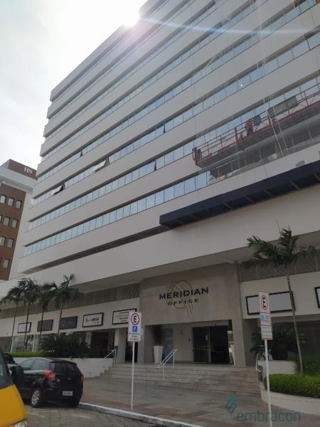 Sala Código 185 para locação Meridian Office no bairro Trindade na cidade de Florianópolis