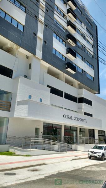 Sala Código 538 para locação Coral Corporete no bairro Coqueiros na cidade de Florianópolis