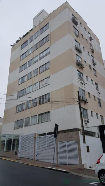 Apartamento Código 562 para Locação no bairro Centro na cidade de Florianópolis