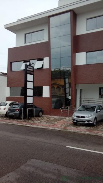 Sala Código 591 para Locação no bairro Centro na cidade de Palhoça