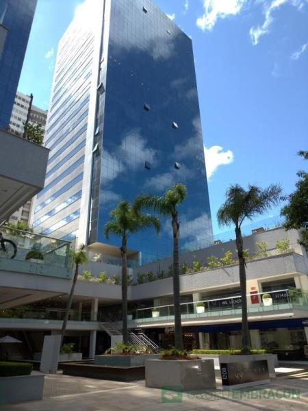 Loja Código 628 para locação W TOWER no bairro Centro na cidade de Caxias do Sul