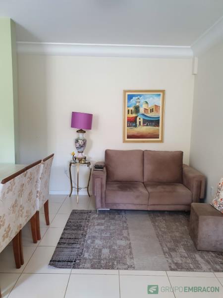 Apartamento Código 846 para comprar no bairro Barreiros na cidade de São José