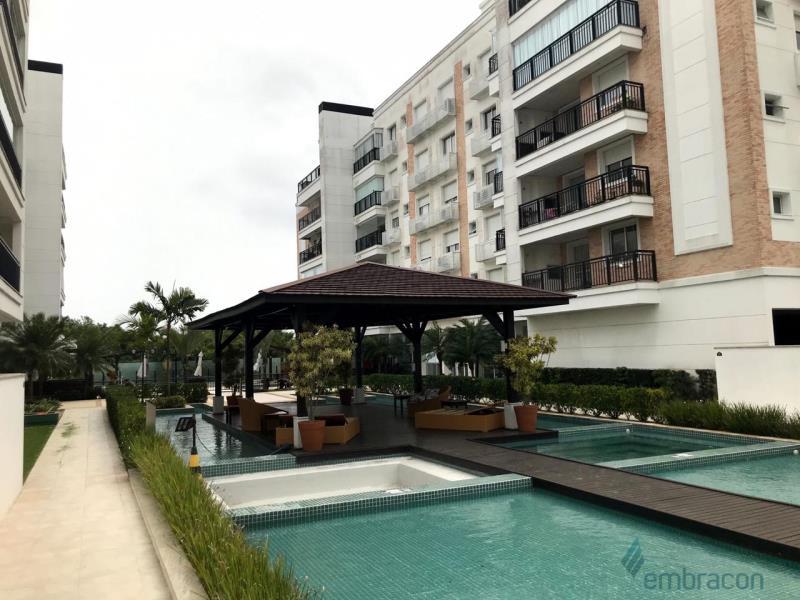Apartamento Código 1009 para comprar Boulevard Neoville no bairro Abraão na cidade de Florianópolis