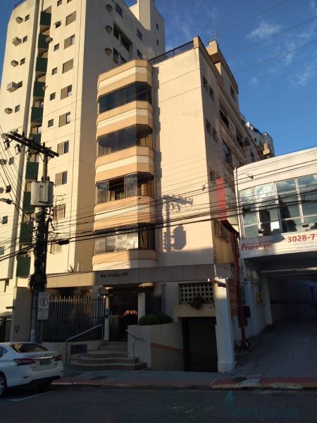 Apartamento Código 1026 para locação Tivoli no bairro Centro na cidade de Florianópolis
