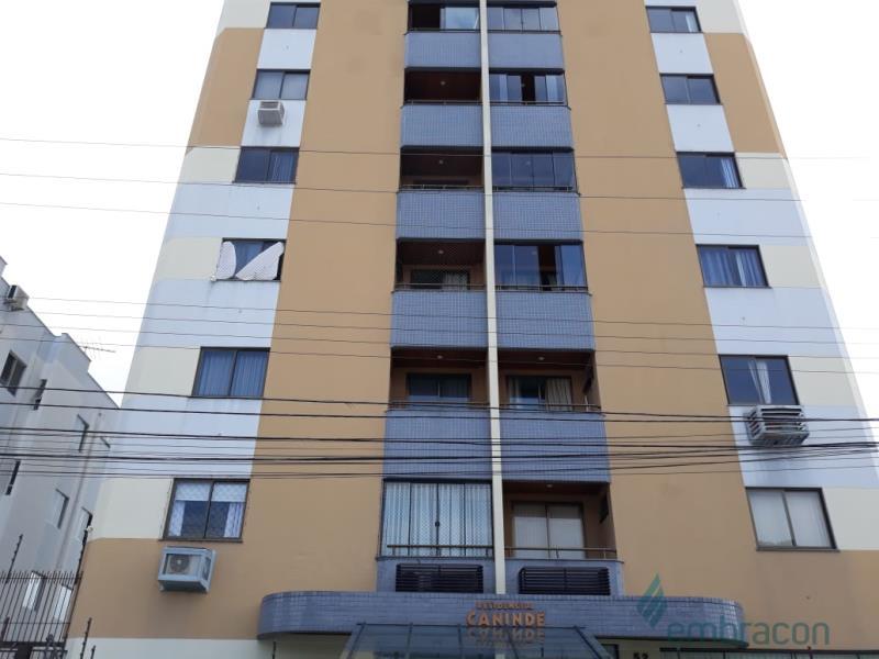 Apartamento Código 1027 para comprar Caninde no bairro Barreiros na cidade de São José