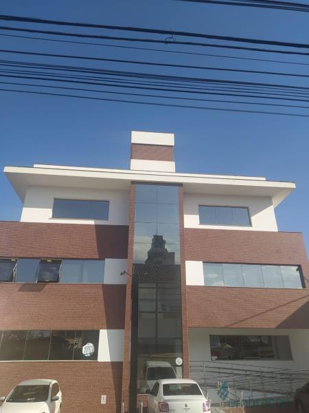 Sala Código 1064 para locação Medeiros no bairro Centro na cidade de Palhoça