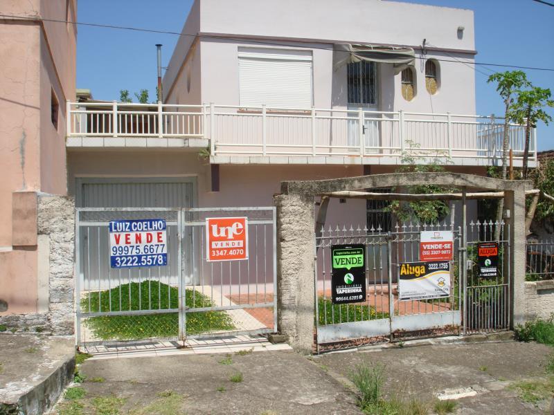 Casa Código 6710 para alugar no bairro Nossa Senhora das Dores na cidade de Santa Maria