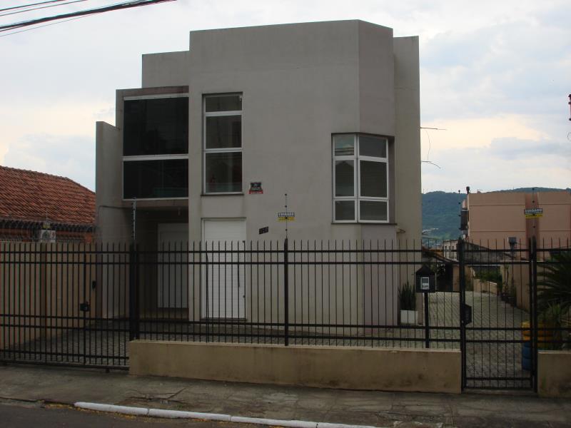 Sobrado Código 6719 para alugar no bairro Passo D'Areia na cidade de Santa Maria