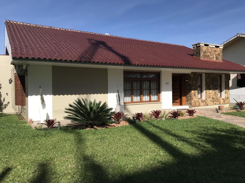 Casa Codigo 6733 a Venda no bairro Nossa Senhora Medianeira na cidade de Santa Maria