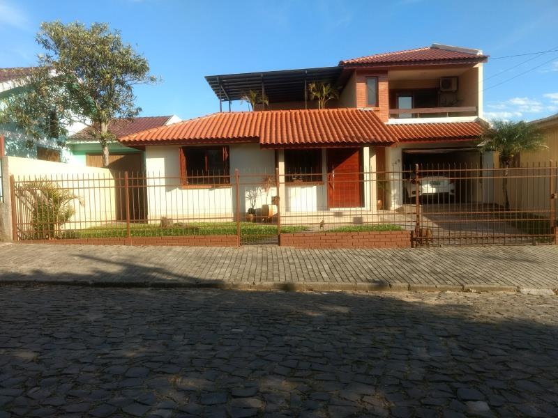 Casa Código 6789 a Venda no bairro Camobi na cidade de Santa Maria