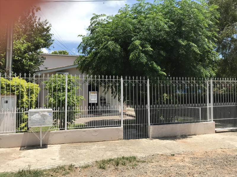 Casa Código 6830 a Venda no bairro Tomazetti na cidade de Santa Maria