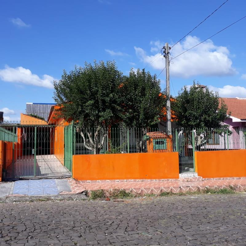 Casa Código 6848 para alugar no bairro Urlândia na cidade de Santa Maria