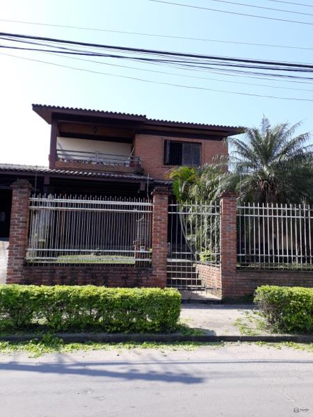 Casa Codigo 6940a Venda no bairro Nossa Senhora do Perpétuo Socorro na cidade de Santa Maria