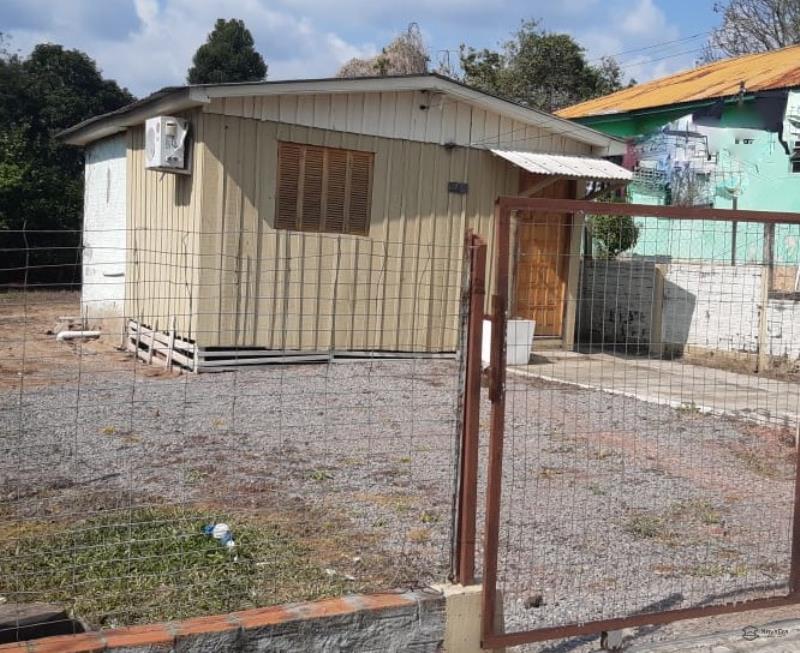 Casa Código 6952 a Venda no bairro Chácara das Flores na cidade de Santa Maria